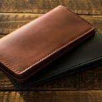 ココマイスターの長財布は、機能性かつデザイン性に優れており、本物志向の人からも支持されています。今回はココマイスターのメンズ長財布を、シリーズごとにランキング形式で紹介します。実際に売れている人気の長財布と選ぶ際のおすすめのポイントを詳しくまとめているので、ぜひチェックして自分に合った使いやすい長財布を見つけてください!