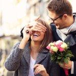 4年目の結婚記念日・花実婚式に人気のプレゼントランキング2019!花束や花時計がおすすめ