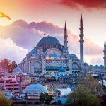 Istanbul kini menjadi salah satu kota tujuan yang bisa dikunjungi saat liburan. Apabila kamu berencana ke Istanbul, kamu bisa mulai membuat daftar oleh khas yang bisa diberikan ke keluarga. Nah, ini rekomendasi dari BP-Guide oleh-oleh khas Istanbul yang bisa dibeli.