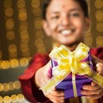 Indians celebrate all festivals with grandeur and excitement. Same is the case with Navrathri. It is celebrated all over India to celebrate the evil slayer Goddess Durga. So if you want to take blessings of the Goddess, plan a Navrathri get-together this year. Don't make your guests leave without these thoughtful return gifts.