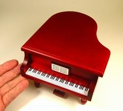 ピアノ型オルゴール 18弁オルゴール内臓 ワインレッド