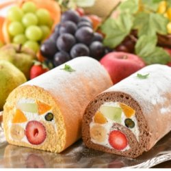 フルーツのウメダ ロールケーキ