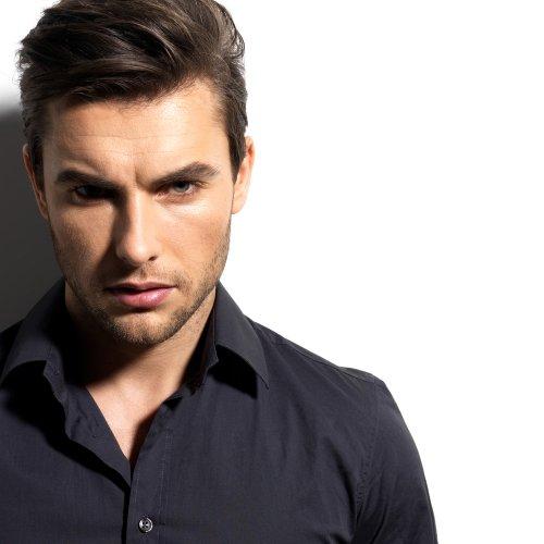 11 Gaya Rambut Pria Terbaru Untuk Kamu Yang Butuh Inspirasi Penampilan Rambut Yang Keren