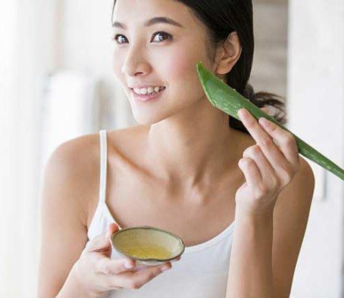 Dapatkan Manfaat Aloe Vera Dengan 10 Kosmetik Aloe Vera Pilihan Ini
