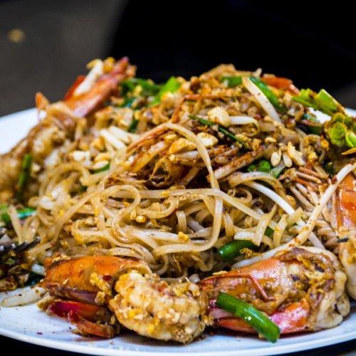 10 Rekomendasi Makanan Thailand Khas Yang Wajib Dicoba Saat