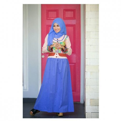Menawan Dengan Pakaian Muslimah Simpel Sehari Hari Serta 10