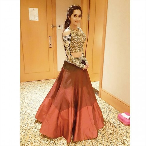 7 Glamorous Lehenga Trends Of 2019 And 10 Gorgeous Trending Lehengas To Make You Look Stunning For All Occasions