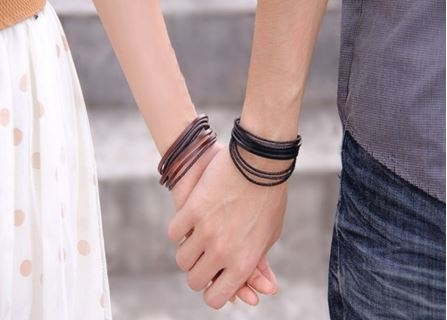 76 Koleksi Gambar Romantis Tangan Sepasang Kekasih Gratis Terbaik