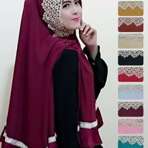 Tampil Feminin Dengan 10 Rekomendasi Jilbab Renda Yang Bikin Kamu Semakin Fashionable Meski Berhijab