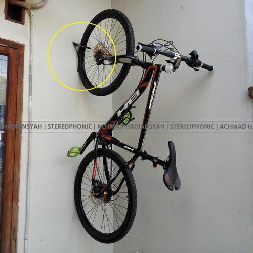 Bingung Menyimpan Sepeda Ini 10 Rekomendasi Gantungan Yang Cocok Untuk Menyimpan Sepeda Di Rumah
