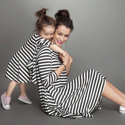 Tampil Imut Dan Kompak Dengan 6 Baju Couple Ibu Dan Anak Yang Ceria