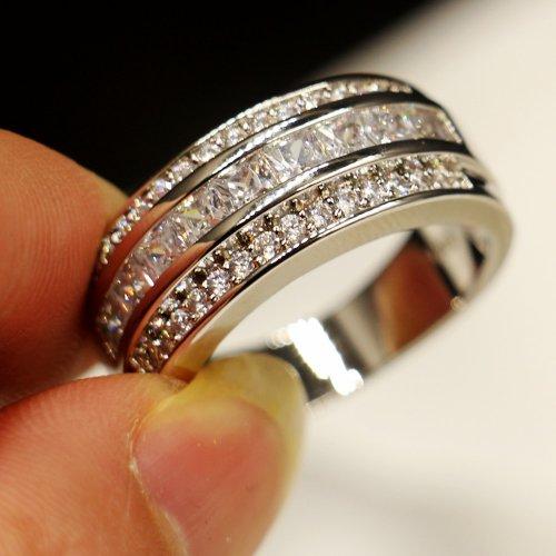 Mengikat Janji Setia Dengan Cincin Kawin Emas Putih Yang Elegan