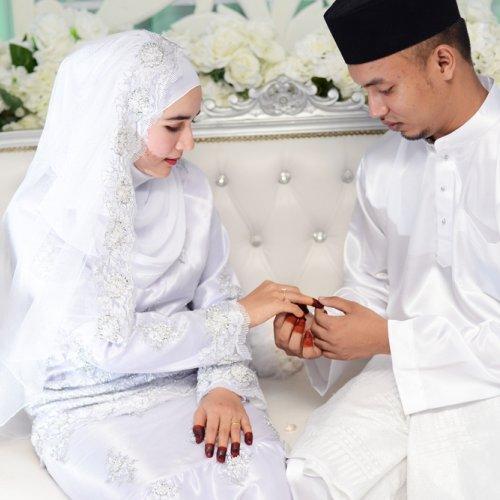 Di Hari Spesial Inilah 10 Inspirasi Kado Pernikahan Islami Yang