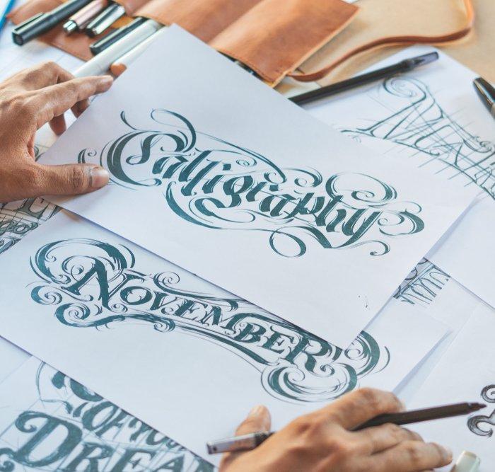 Hasilkan Tulisan Indah Dengan 8 Rekomendasi Pena Kaligrafi Ini