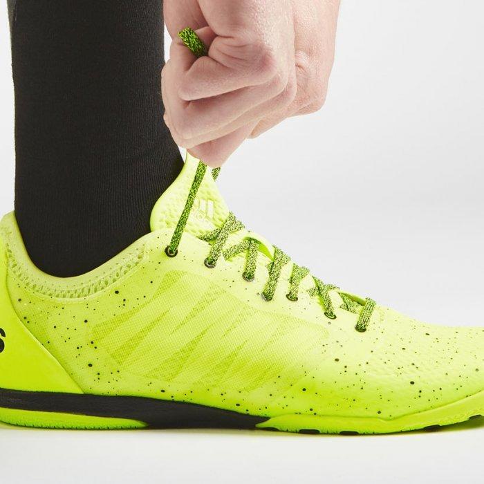 10 Sepatu Futsal Adidas yang Tepat untuk Menunjang Performa Anda di Lapangan 0d8d96fcbe