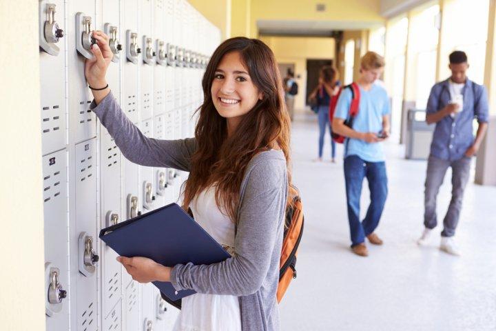 女の子が喜ぶ高校の入学祝いおすすめランキングTOP15!女子高校生に人気のプレゼント特集
