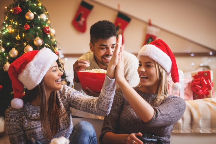 大学生、20代・30代社会人の女友達に喜ばれるクリスマスプレゼントガイド2019!人気ランキングやメッセージ文例も徹底紹介!