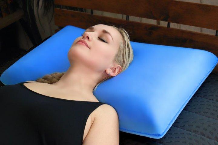 使う人に適した高さで頭を支える快眠枕「BlueBlood 3D体感ピロー」の開発秘話をインタビュー! 株式会社ロウダン
