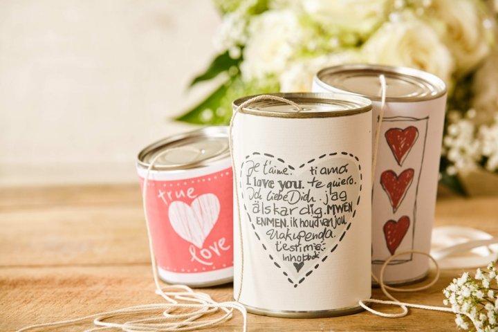 結婚祝いに人気の名前詩プレゼント特集!ウェルカムボード向け、写真入り、フラワーアレンジなど15選!