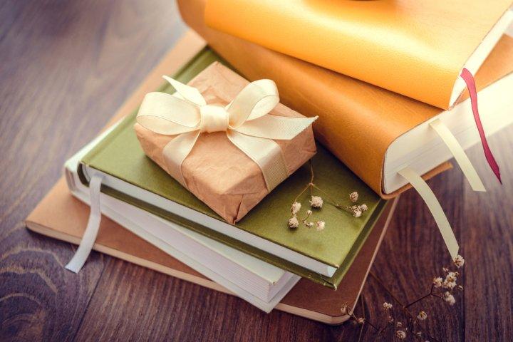 大学生の男友達に何を贈る?ハズさない誕生日プレゼントアイデア35選