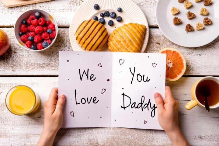 """父・義父・祖父に""""父の日""""のメッセージを!使える文例や喜ばれる書き方を伝授!"""