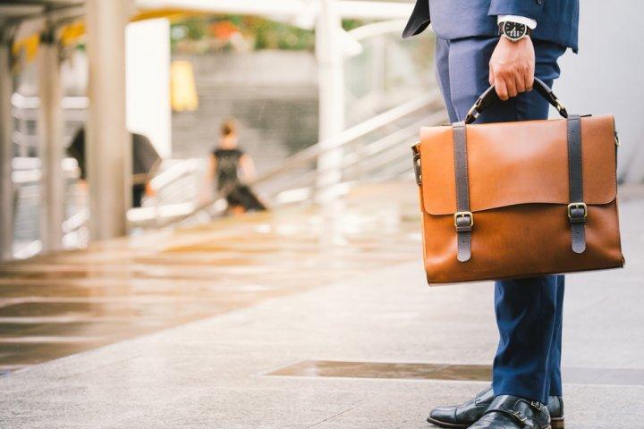 軽量ビジネスバッグが人気のメンズブランド12選【2019年最新版】