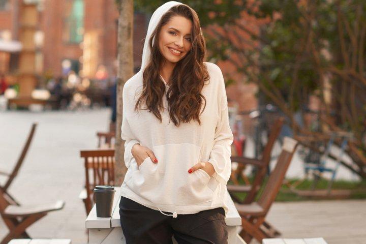 20代女性に似合うレディースパーカー おすすめ&人気ブランドランキング20選【2021年版】