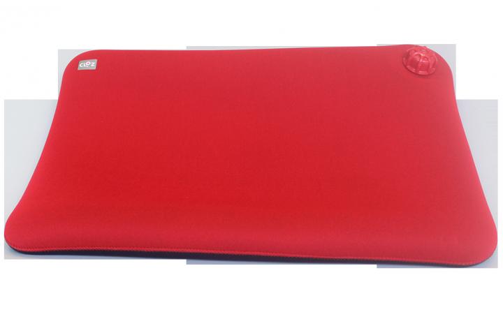 ウェットスーツ素材の新感覚湯たんぽ「クロッツ やわらか湯たんぽ 座ぶとんタイプ(穴なし)」の開発秘話を取材|ヘルメット潜水株式会社