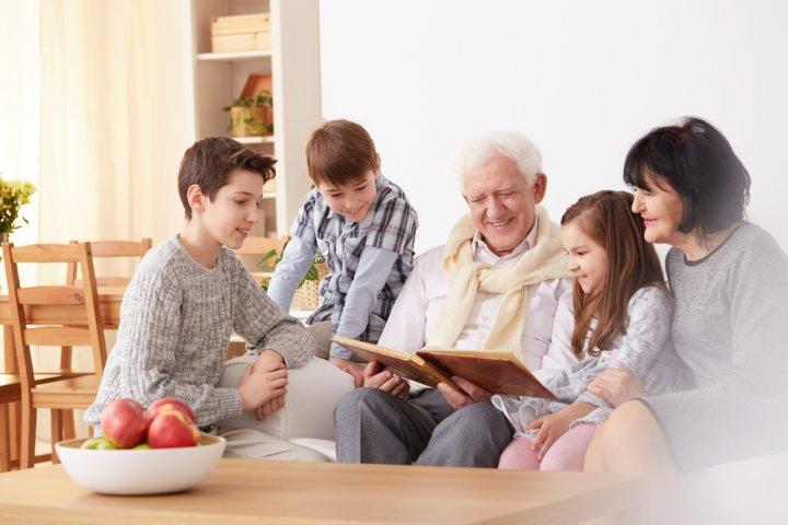 敬老の日に喜ばれるメッセージ特集!子供から親へ・孫から祖父母へ贈る文例もご紹介!
