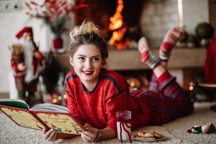 女子高校生の彼女、友達に喜ばれるクリスマスプレゼントガイド2018!人気ランキングや予算相場、メッセージ文例も紹介!