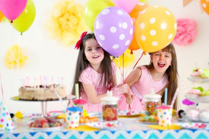 小学2年生・8歳の女の子に人気の誕生日プレゼントランキング2019!ままごとやおしゃれグッズなどのおすすめを紹介