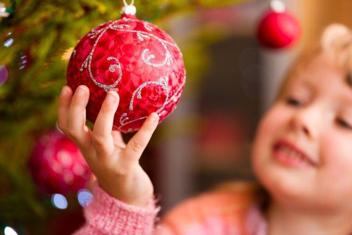 クリスマスのプレゼント交換で子供に喜ばれる人気の1000円ギフトランキング2020!
