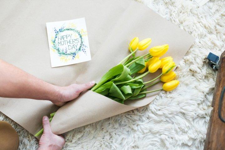 義母・姑が喜ぶ母の日ギフト人気プレゼントランキングTOP15!花以外のプレゼントもおすすめ!