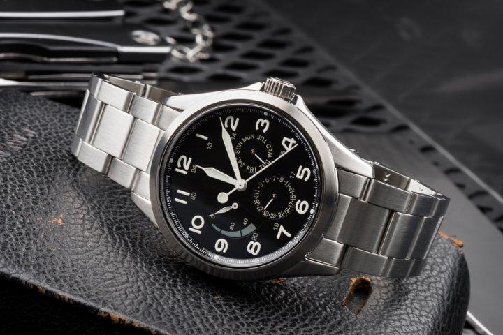 24e4acbd1c 彼氏が喜ぶ腕時計のクリスマスプレゼント人気&おすすめブランドランキングTOP12!