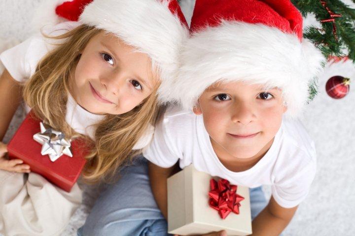 クリスマスのプレゼント交換!子供が喜ぶ500円の人気ギフトランキング2020!男の子向け女の子向けもご紹介