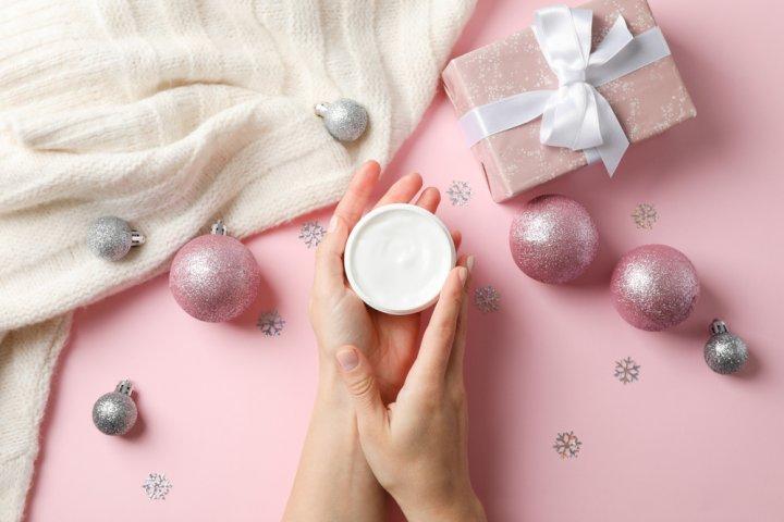 ハンドクリームのクリスマスプレゼント 彼女が喜ぶ人気&おすすめブランドランキング20選【2020年版】