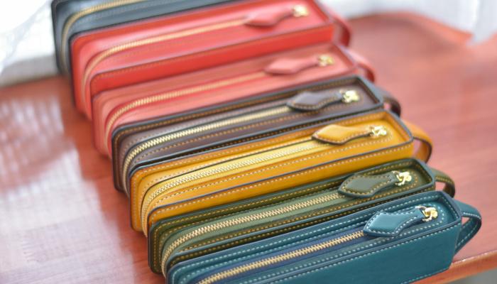 おしゃれで上質なペンケース「レクタングラー」の開発秘話をインタビュー|革の手縫い工房 雅坂