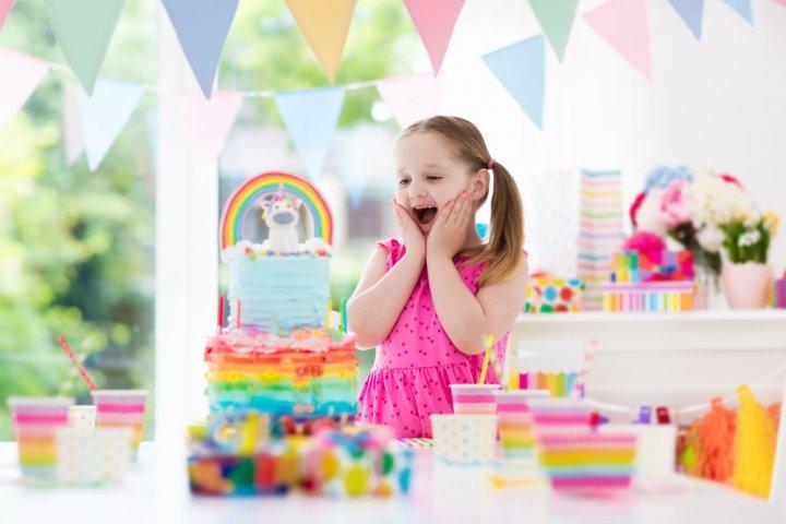 孫が喜ぶ誕生日プレゼント 人気&おすすめランキング56選【2021年版】