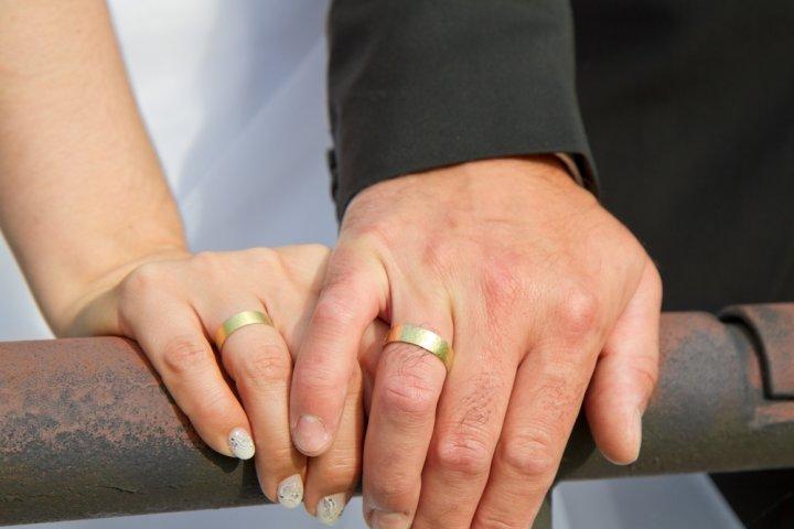 結婚記念日に喜ばれるペアグッズのプレゼント 人気ランキング2021!ペアアクセサリーなどのおすすめを紹介