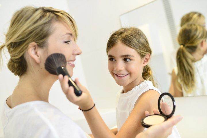 母に喜ばれる化粧品 人気&おすすめブランドランキングTOP12!SK-IIやシャネルなどのおすすめプレゼントを紹介