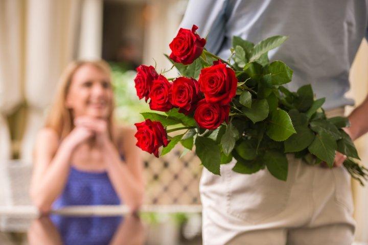 彼女、妻、母の誕生日に人気の花ランキングTOP12!女性におすすめの花を徹底紹介!