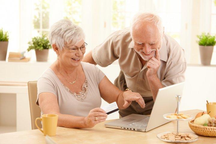 父・母に喜ばれる定年退職祝いのメッセージ!文例や書き方のポイントをご紹介!