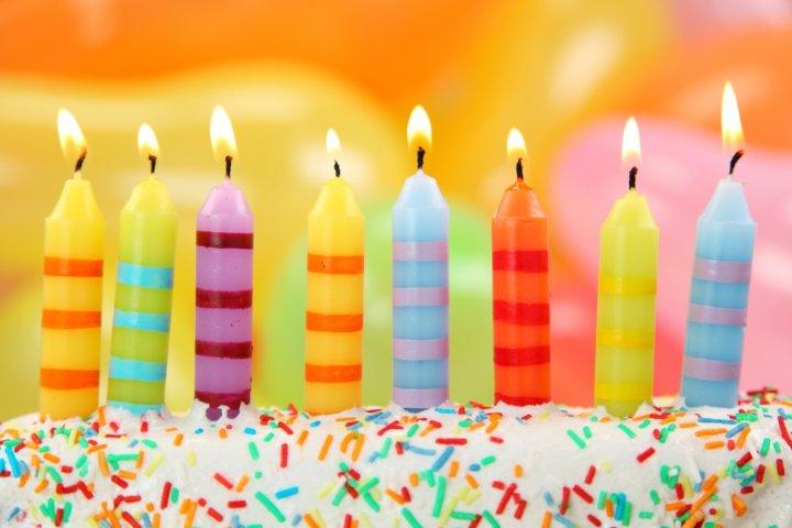 7歳・8歳・9歳の小学生に人気の誕生日プレゼント10選!予算相場や喜ばれるメッセージ文例も紹介
