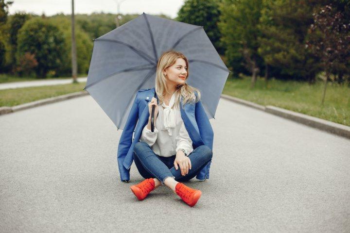 雨の日におすすめのレディース防水スニーカー 人気ブランドランキング25選【2021年版】
