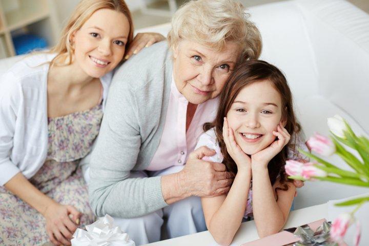 80代女性に喜ばれる誕生日プレゼントランキング2019!母や祖母に人気のプレゼントを紹介!