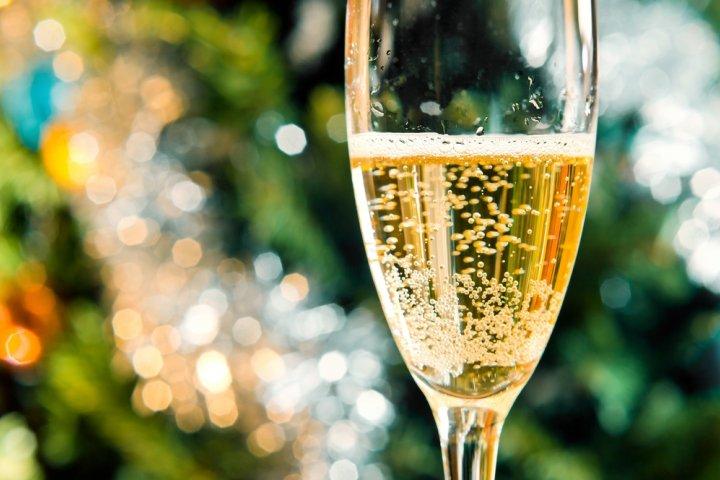 美味しいスパークリングワインギフト 人気の通販・お取り寄せ2018!甘口や辛口などおすすめをご紹介