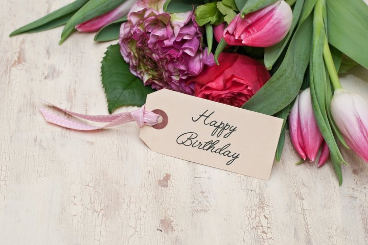 母の誕生日に喜ばれる5000円のプレゼント人気ランキング2019!ストールや花もおすすめ