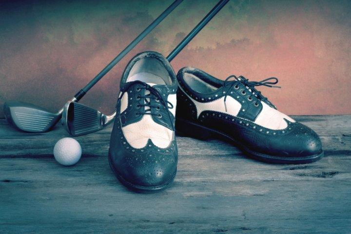 彼氏や旦那に喜ばれるメンズゴルフシューズ人気ブランドランキングTOP10!おしゃれな男性の誕生日プレゼントにおすすめ!