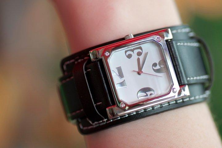 8770075caa 女性に人気のカジュアル腕時計 レディースブランドランキング2019 ...