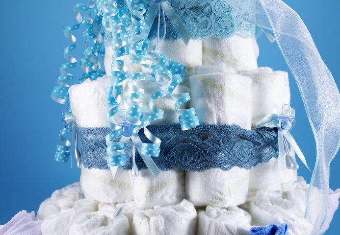 出産祝いに人気のブランドおむつケーキ特集2019!男の子、女の子向けプレゼントをランキングで紹介